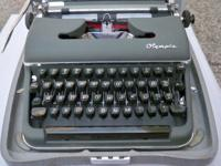 Vintage Olympia SM3 DeLuxe Portable Manual Typewriter