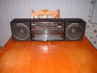 Vintage Panasonic Boom Box 1980's RX-CW42, detachable