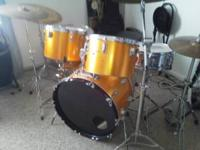 WOOD OVER FIBERGASS 6 PIECE DRUM KIT SIZES ARE 8 10 13