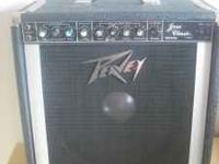 Up for sale is a rare vintage Peavey classic jazz 400