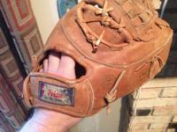 Nice 1970's 1st base mitt by Primo Sporting Goods Inc.