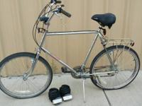 Vintage RALEIGH 410 mountain trip bike. 18 speed.
