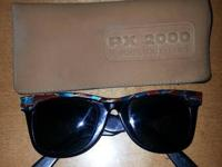 I'm selling my pair of Vintage Ray Ban Mosaic Sun