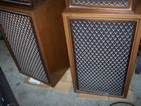 I have a set of two Sansui SP-2002 5 way speakers. Most