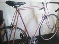 Vintage 1967 Schwinn prelude 12 speed racing bike. Bike