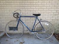 "Vintage Schwinn bicycle ""le tour luxe"" in good"