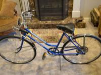 You Are Viewing a Vintage Schwinn Collegiate Women's