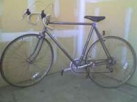 Schwinn Super Le Tour 12 Speed Touring Bike. Cyclone