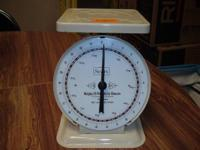 VINTAGE 25 # SCALE MADE BY SEARS. MODEL 1906. SCALE IS
