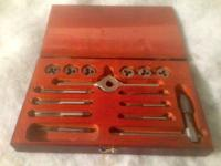 VINTAGE SNAP ON BLUE POINT TAP & DIE SET WOOD BOX $55