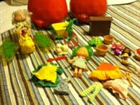 Huge lot of vintage strawberry shortcake lot - perfect