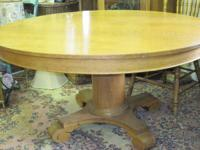 Hastings Antique Oak quarter sawn eating table. (54
