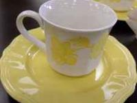 Cute White & Yellow Teacup Set. Includes 4 cups