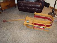 "This sled is in EXCELLENT condition. It is 28"" long,"