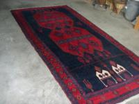 A beautiful Turkish hand woven all wool prayer rug in