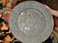 Classic wall surface hanging Plate $20.00.  885 Usa