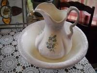 vintage wash pitcher and basin ,the wash pitcher is 12