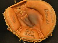 Vintage Wilson Catchers Mitt Model A2514 Made in Japan