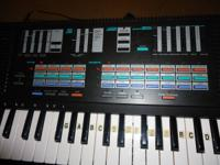 up for sale this Rare vintage Yamaha keyboard is super