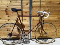 This are very nice vintage commuter road bike, fully