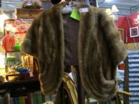 Wonderful, authentic fur cape with striking