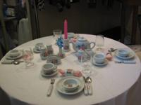40 Piece Play Tea Set KEYWICK LTD/CHINA. WHITE w / PINK