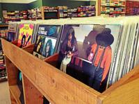 1000's of vinyl records available for sale. Increasing