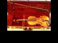 Luby U Chebu 3/4 Violin, Padded Carrying Case and Bow