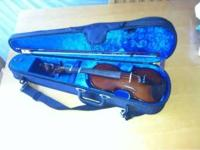 Ocean Violin in excellent condition! Comes with case,