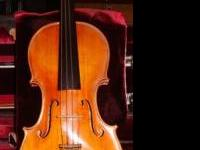 VIOLIN FOR SALE 4/4 full size beautiful violin Includes
