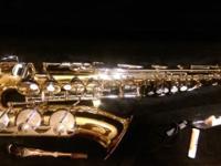 For Sale- Student Vito Saxophone (alto) w/ Leblanc case