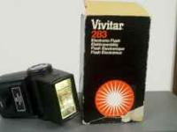 Vivitar 283 Electronic Flash, in like new condition.