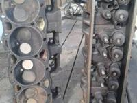 I have a set of mid 90's vortec cylinder heads from a