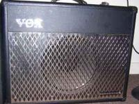 Up for sale is a Vox VT-50 hybrid amp with tube