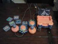 vtech v smile gaming system with 6 games and 2