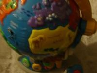 Vtech - Fly & Learn Globe ~*~*Teaches places around the