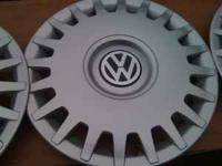 MK4 Volkswagen factory hubcaps no curb rash-very good,