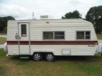 PERFECT ENTRY LEVEL CAMPER THAT COMFORTABLY SLEEPS 4