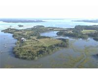 This 12.1 acre system is in Martins Point Plantation, a