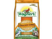 Wagner's 10 lb. Cracked Corn Bird Seed features an