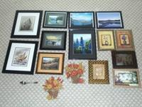 very good conditions, nice wall frames/ pictures The