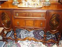 Fancy Walnut Sideboard from the 1920's. Nice trim and