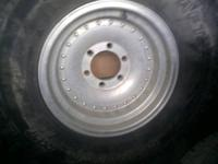 I've got a set of pacer aluminum wheels, with 2 rear