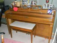 Beautiful antique Warfield Piano for sale. Excellent