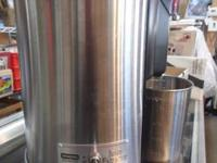 The Waring Pro Juice Extractor permits you obtain one