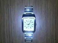 I have a watch for sale. It's in great condition. If