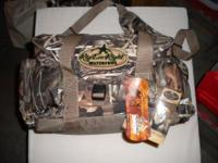 For sale: brand new never used waterfowl hunting bag!