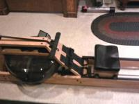 Here is some information on the WaterRower Natural with