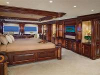 Yacht buying and yacht selling is not an easy job,