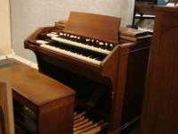 Piano and Organ Retailer: Dollarhide's Music Center of